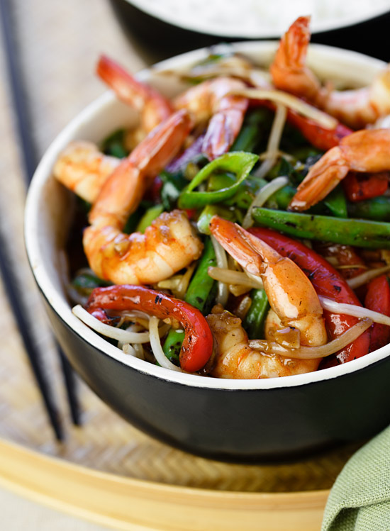 Fragrant shrimp and vegetable stir-fry